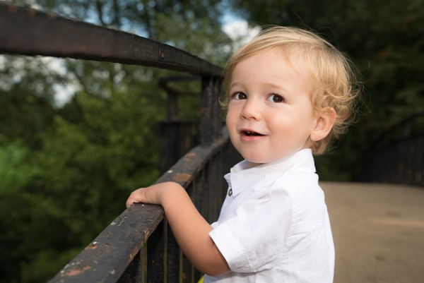 Outdoor toddler photography session Carterton